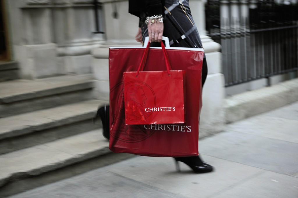 CHRISTIE'S_bag_2